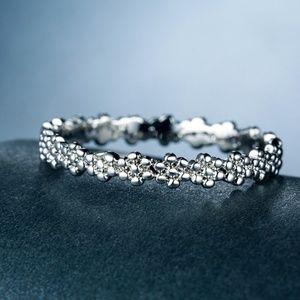 Elegant  925 Silverr White Sapphire Ring New
